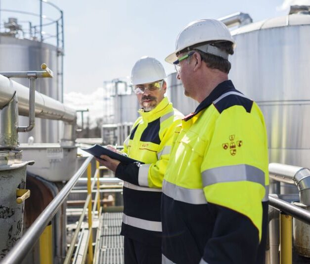 Elis offers advice on managing workwear risks at the Health and Safety Event, Birmingham
